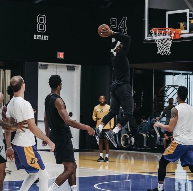 Nike LeBron 17 Black White Release Date