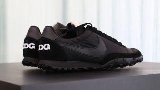 ブラック・コムデギャルソン x ナイキ ワッフルレーサー '17 – BLACK Comme des Garcons × Nike Waffle Racer '17 –