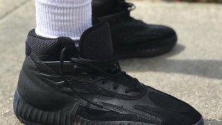 【流出】アディダス イージー バスケットボールシューズ / Yeezy Basketball