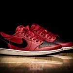 "海外11月25日発売予定 AIR JORDAN 1 LOW OG ""Gym Red/Black"""