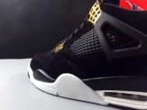 air-jordan-4-royalty-black-gold-15