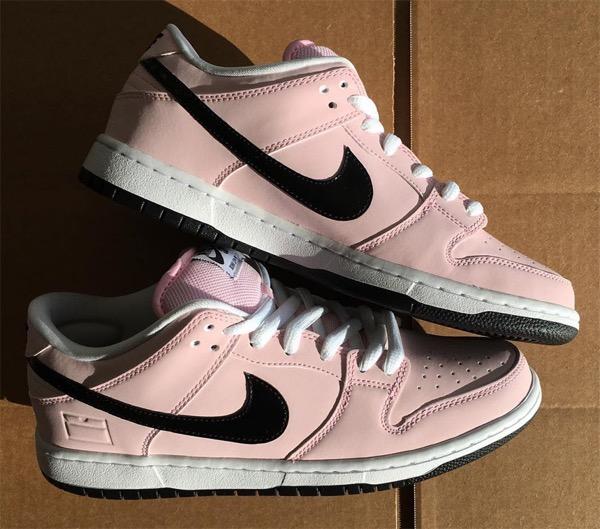nike-sb-dunk-low-pink-box-1