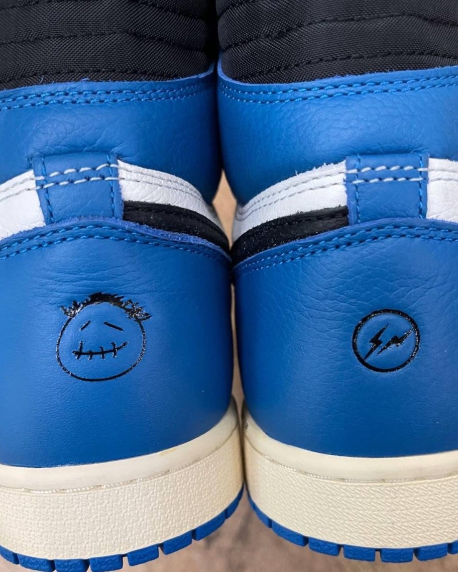 FRAGMENT-x-TRAVISSCOTT-airjordan1-high-DH3227-105