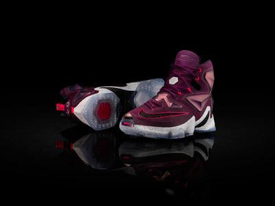 15-480_Nike_LeBron_13_0054-03_native_1600.jpg