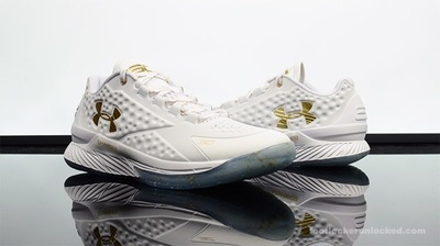 Foot-Locker-Under-Armour-Curry-1-Low-Friends-and-Family-1.jpg
