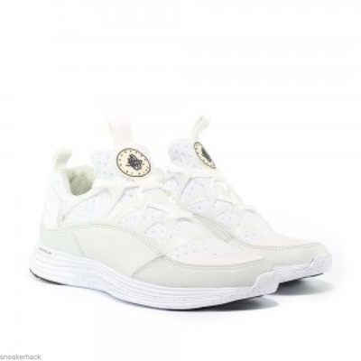 Nike-Lunar-Huarache-Light-SP-white-black-776373-110-2-300x300.jpg
