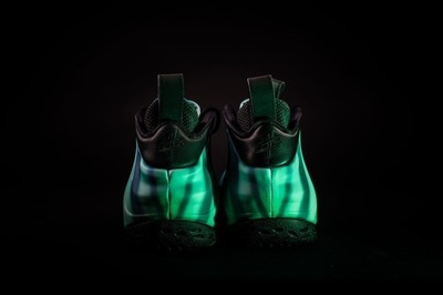 Nike_Foamposite_AS_6_cb80c12a-c1bc-4856-a231-314ddcc80dfd_1024x1024.jpg