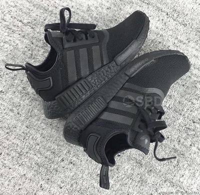 adidas-nmd-triple-black-2.jpg
