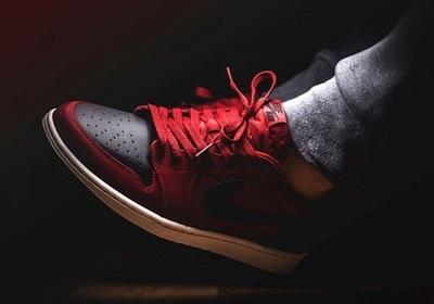 air-jordan-1-low-og-gym-red-black.jpg
