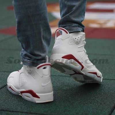 air-jordan-6-maroon-on-foot-4.jpg