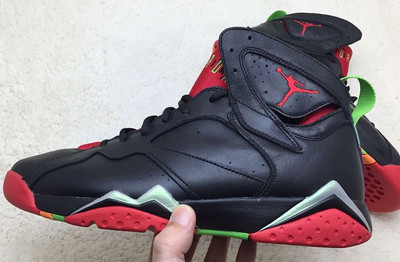 air-jordan-vii-7-marvin-the-martian-new-06_1024x1024.jpeg