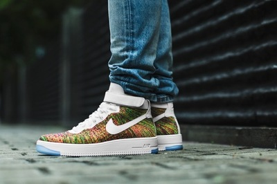 closer-look-at-air-force-1-ultra-flyknit-mid-01.jpg