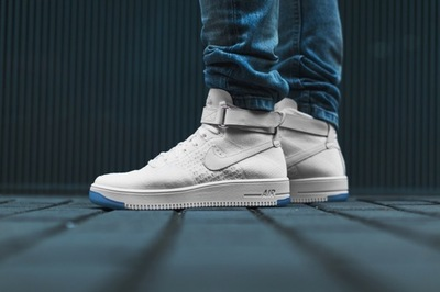 closer-look-at-air-force-1-ultra-flyknit-mid-15.jpg