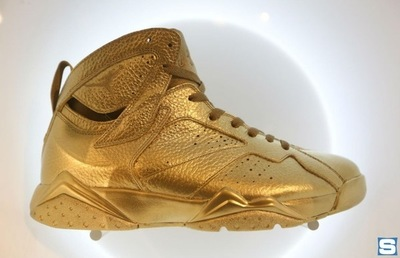 gold-air-jordan-7-_ah0bhu.jpg
