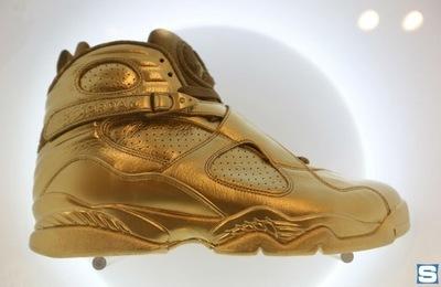 gold-air-jordan-8_dgkbvt.jpg