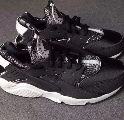 nike-air-huarache-black-white-snakeskin.jpg