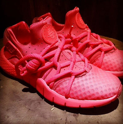 nike-air-huarache-nm-red-1.jpg