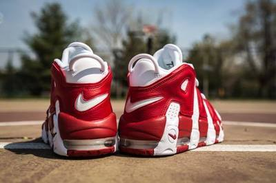 nike-air-more-uptempo-white-gym-red-6.jpg