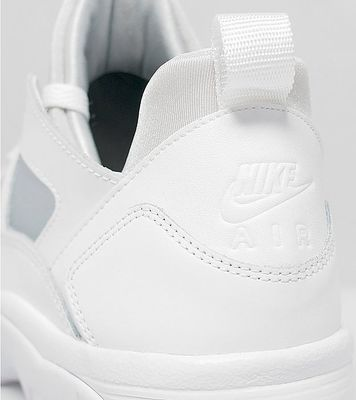 nike-air-trainer-huarache-all-white-07.jpg