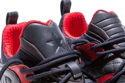 shoe-006_nv37os.jpg