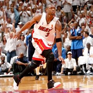 """Dwyane Wade in Converse Wade """"Playoffs"""""""