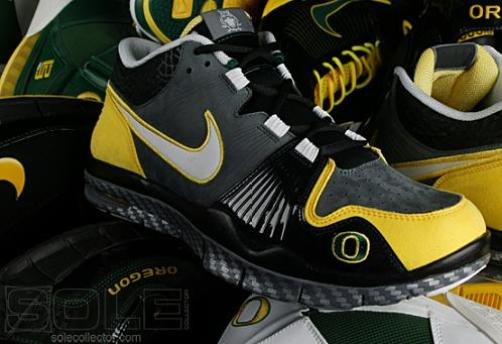 Nike Air Trainer 1 Oregon - 10 Best Oregon Ducks Sneakers of All Time