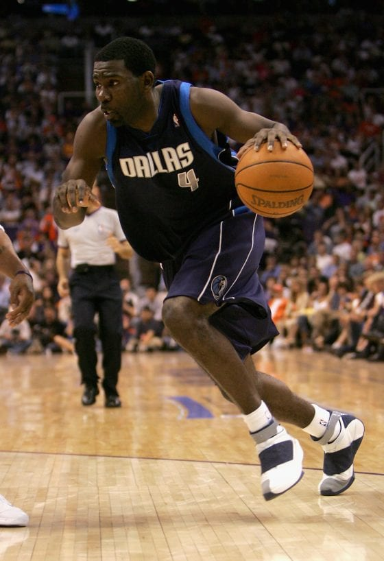 Michael Finley wearing Jordan XX PE(Photo Cred: Stephen Dunn/Getty Images)