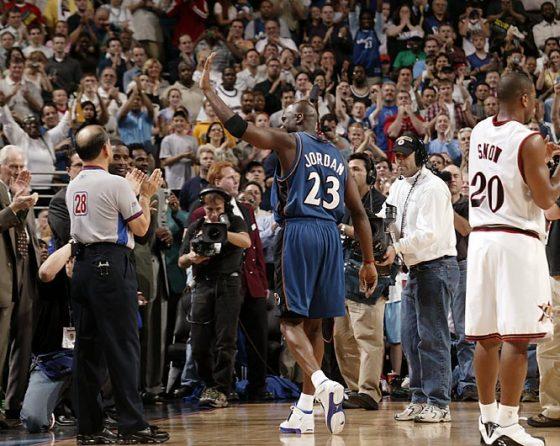 Michael Jordan leaves the game after foul - Wearing Air Jordan XVIII - Image via Ballislife