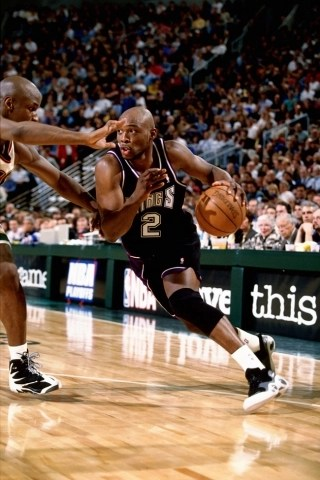 Mitch Richmond in Nike Air Zoom Flight 95