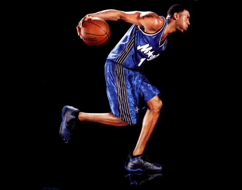 Tracy McGrady wearing the adidas T-Mac 2