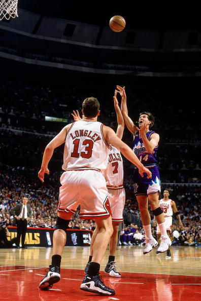 luc longley nike air max battle force