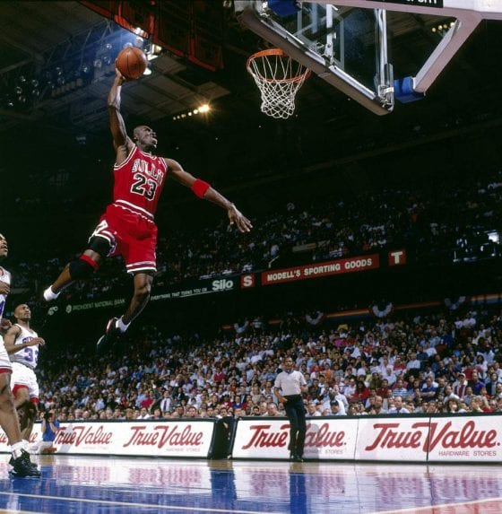 """Michael Jordan Photos: MJ Dunking Against Philadelphia in the Air Jordan 6 """"Infrared"""""""