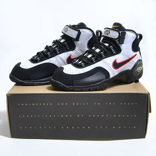 Nike Air Zoom Schu White/Black/Red