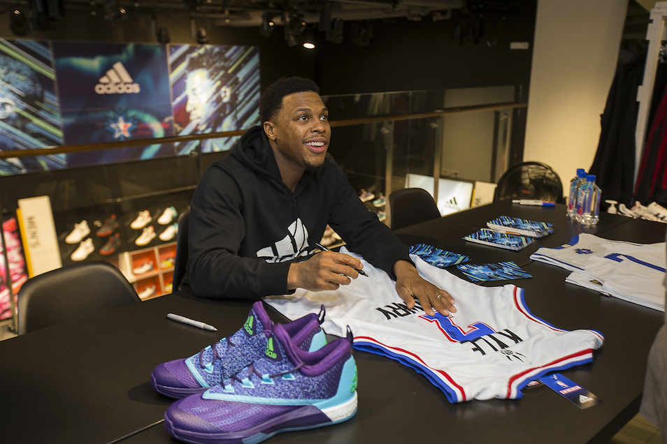 Kyle Lowry with adidas Crazylight Boost 2.5 Aurora Borealis""