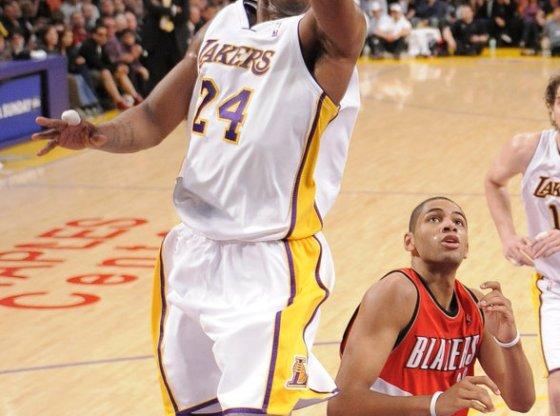 "Kobe Bryant layup in NIKEiD Zoom Kobe 5 ""Kid Hollywood"""