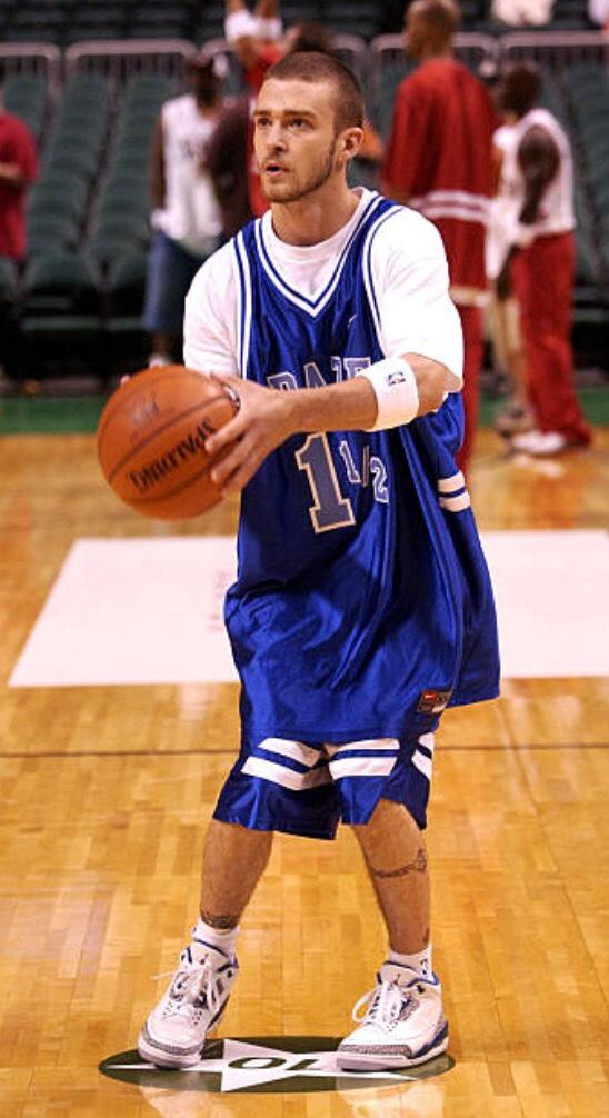 Justin Timberlake sneakers - Air Jordan 3 True Blue