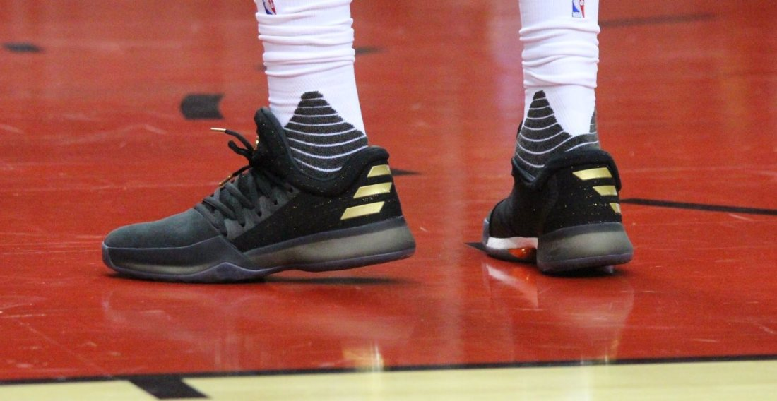 Harden Vol.1 on court