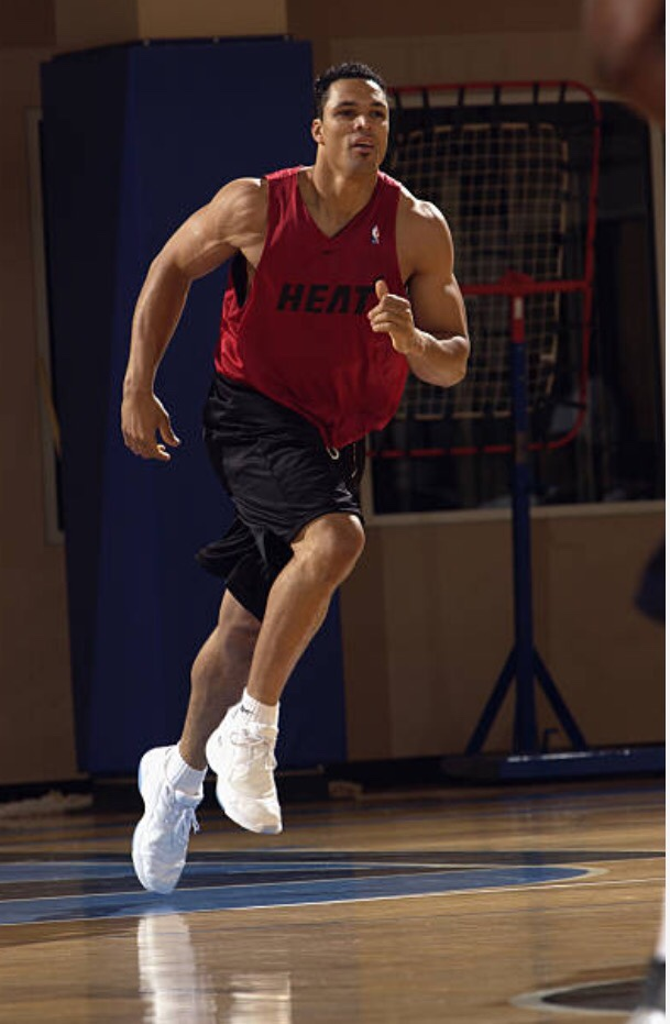 TE Tony Gonzalez in the NBA