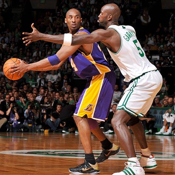 One of the Best Kobe Signatures: A Lookback at the Kobe V