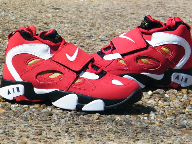 Nike Air Diamond Turf 2