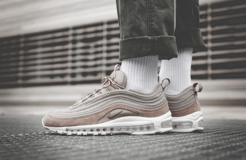 nike-air-max-97-17-cobblestone-white