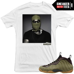 Olive-foams-matching-clothing-Yeezy-t-shirts