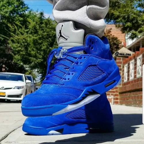 Blue Suede 5s on feet