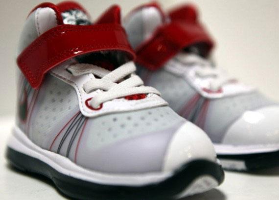 Nike LeBron 8 V2 Toddler