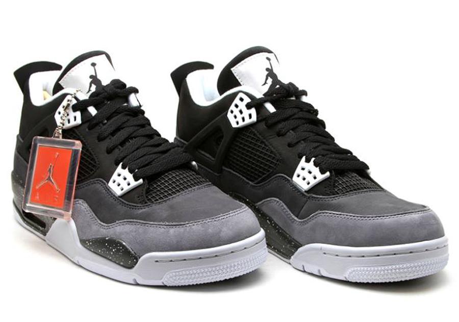 Air Jordan Retro 4 Fear
