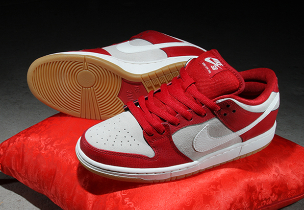 Nike SB Dunk Low Valentines Day 2015