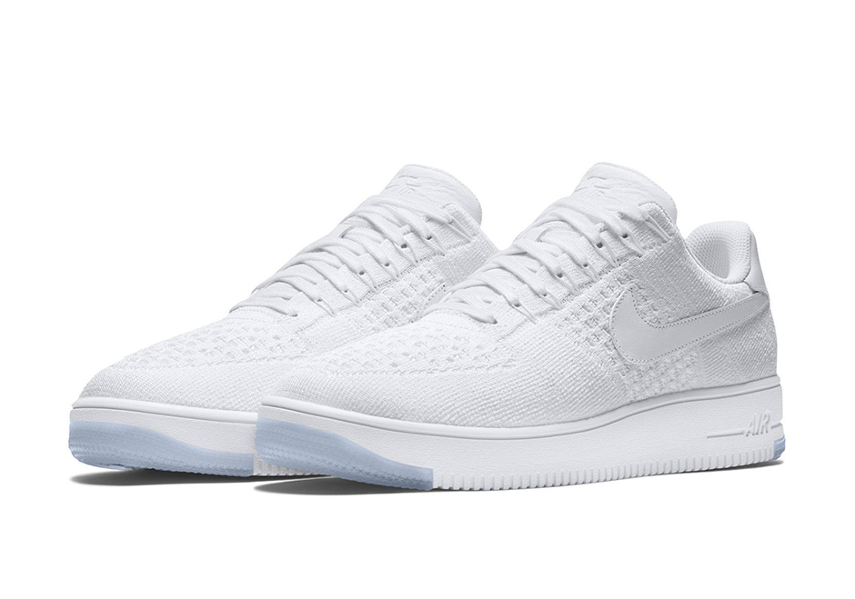 1be4322dc06 Official Look of NIKE   Air Force One Flyknit  – STREETVILLE