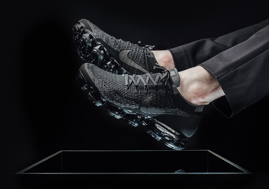 Men Wearing Nike Vapor Max