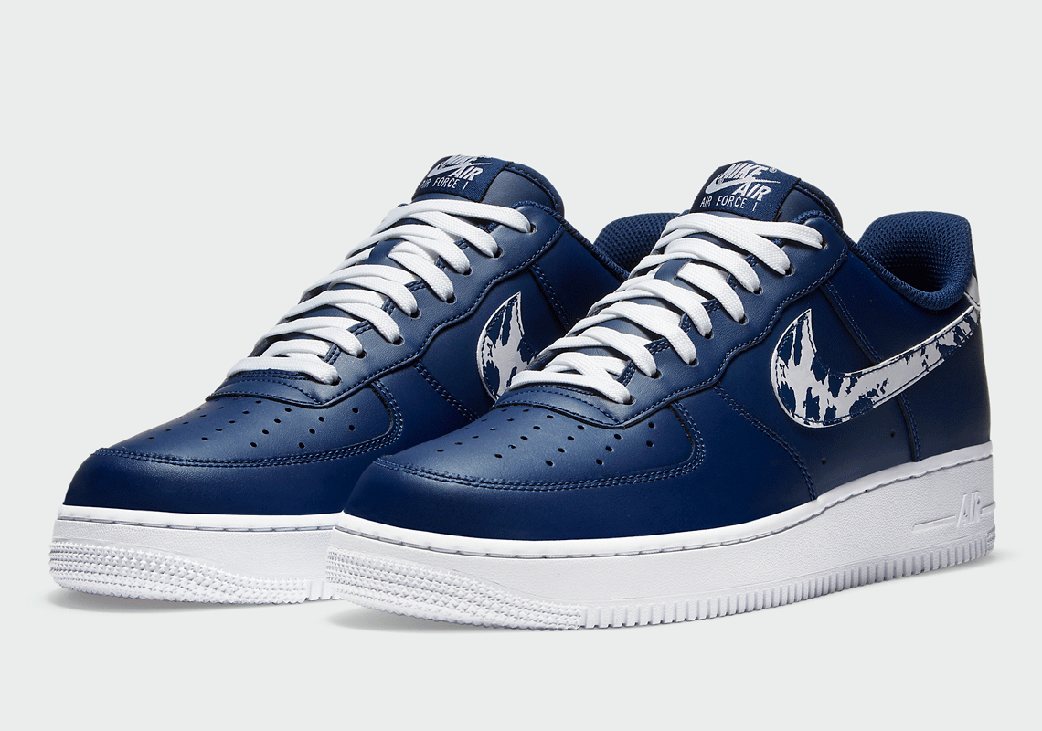 Nike Air Force 1 Low Navy Camo CZ7873 400