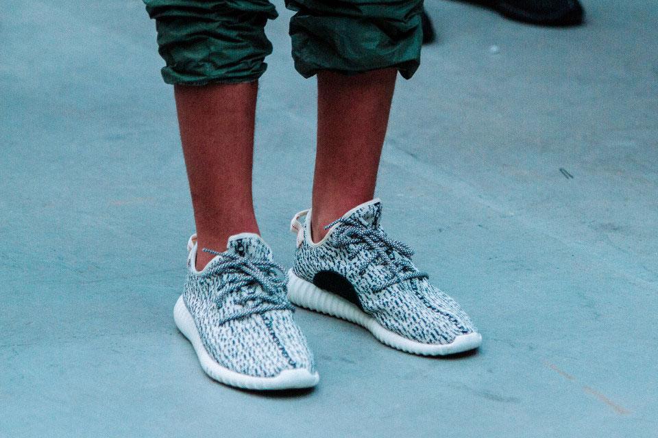 adidas-kanye-west-yeezy-350-boost-release-1